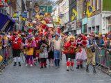 carnaval vieren met vriendengroep