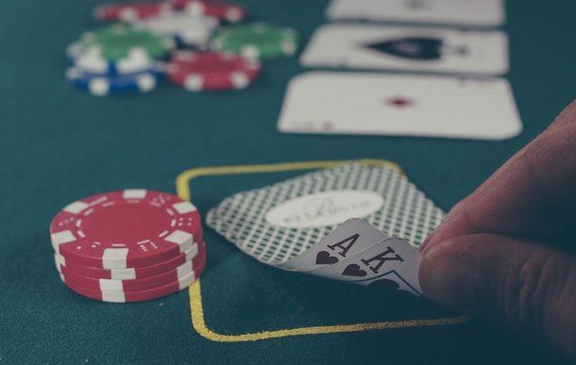 Hoe je thuis een casino avond organiseert